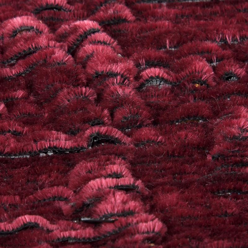 microcosme-écorce-rouge-broderie-design-textile