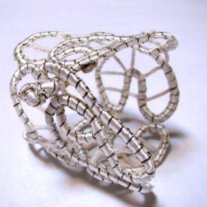 12-bracelet-au-lacet-damiette